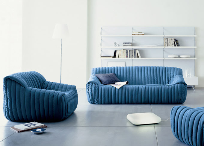 コンパクトで日本の住環境に最適な「SANDRA sofa(サンドラ ソファ)」